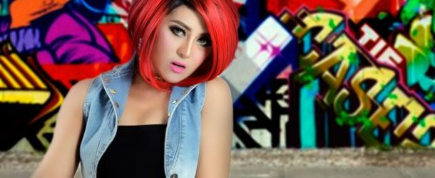 "Glow Rossa Hits Single ""Ngebatin"""